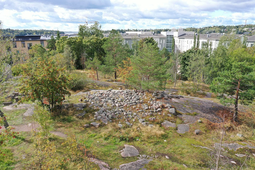 Bronze Age Burial Site in Herttoniemenranta