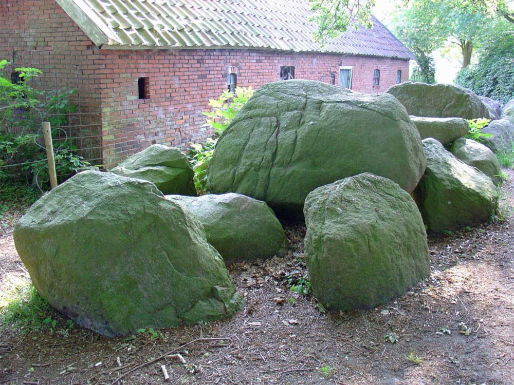 dolmen d4 midlaren