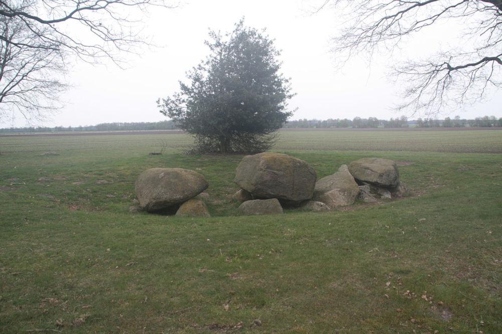 dolmen d5 zeijen