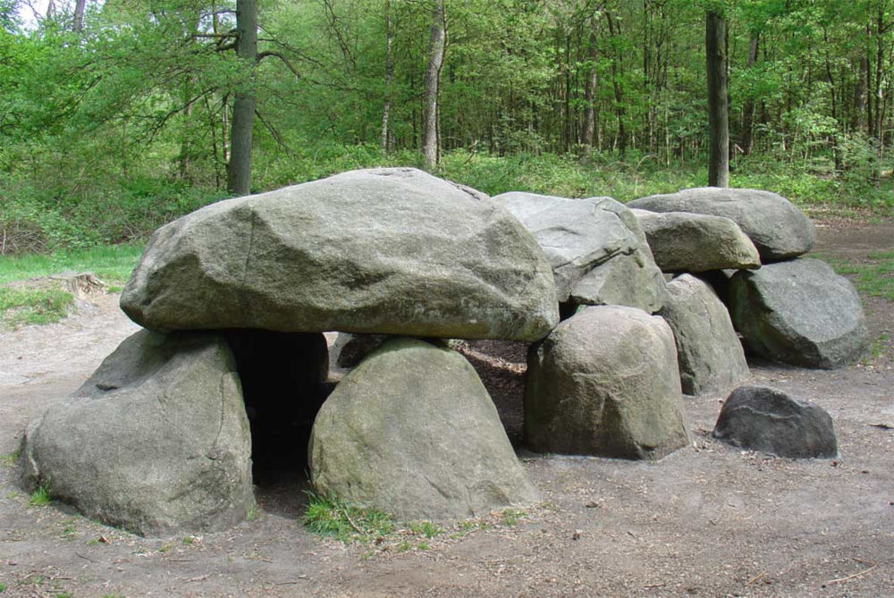 dolmen d8