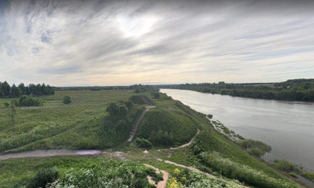 burial mound of oleg of novgorod
