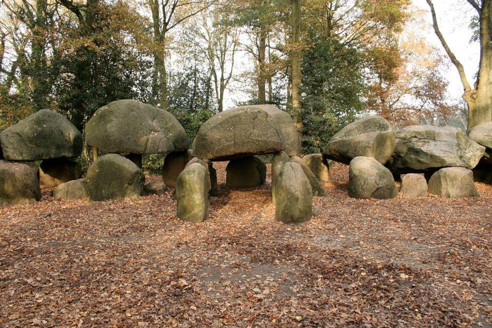 dolmen d27