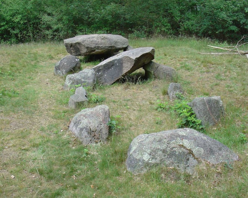 dolmen d35