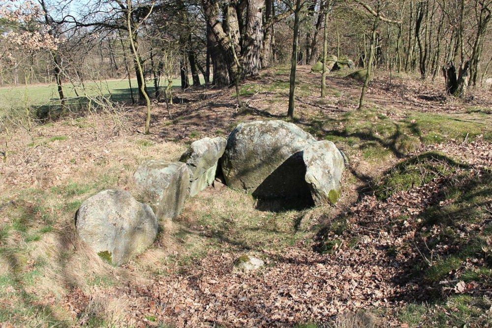 Daudieck dolmens