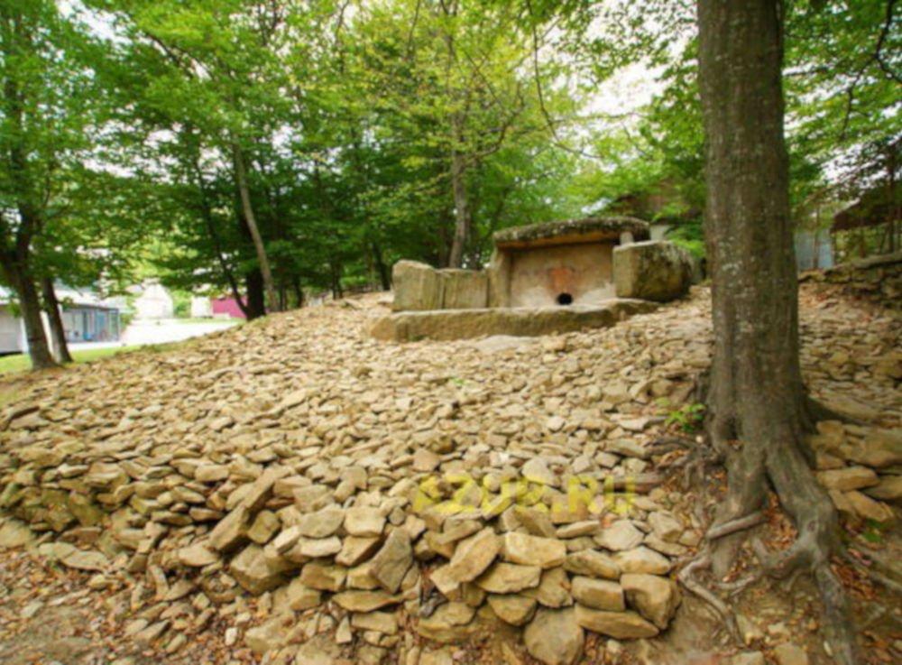 Dzhubga dolmen