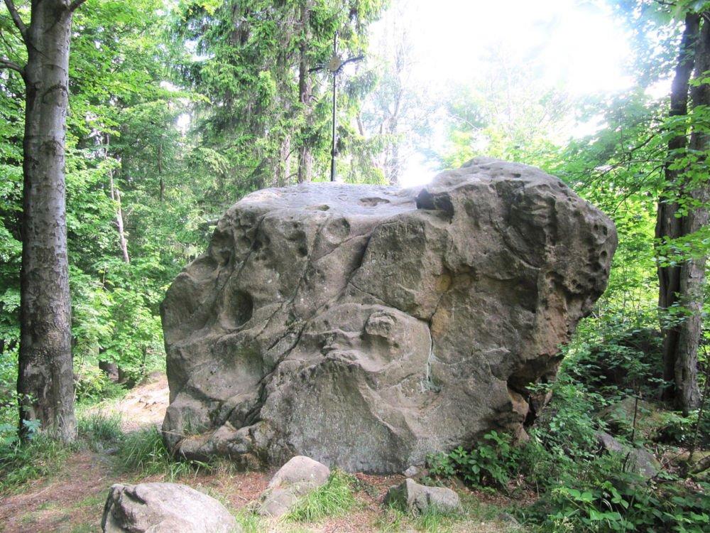Perun stone on Klášťov