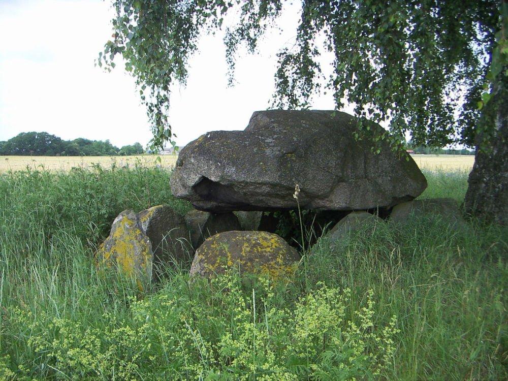 damerow dolmens