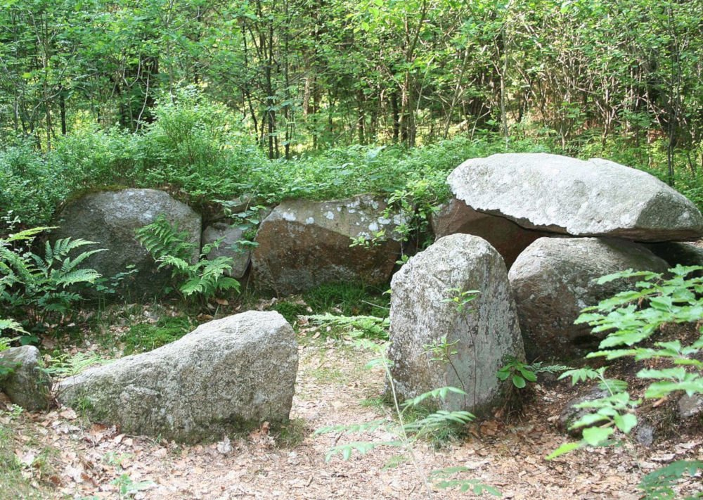 gnarrenburg dolmen
